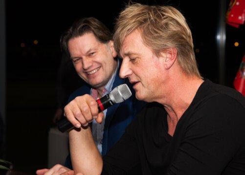 Wim-Kieft-en-Eddy-van-der-Ley-bij-vv-Hoogeveen-foto-Mario-Hofstee